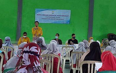 Tim Pengabdian FMIPA UNNES Berdayakan Warga Larangan Kulon Wonosobo dalam Budidaya Stroberi Secara Hidroponik
